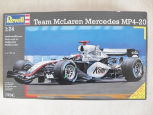 REVELL 1/24 07241 TEAM McLAREN MERCEDES MP4-20