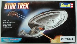 REVELL  04801 STAR TREK USS VOYAGER