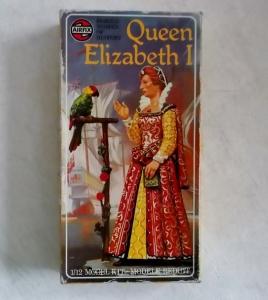 AIRFIX 1/12 03543 QUEEN ELIZABETH I