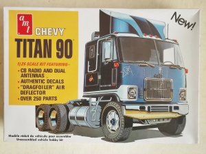 AMT 1/25 603 CHEVY TITAN 90 TRUCK TRACTOR