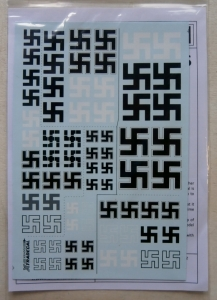 XTRADECAL 1/32 32002 LUFTWAFFE WWII SWASTIKAS  ALSO INCLUDES 1/24