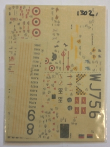 MODELDECAL 1/72 1302. 85 ROYAL AIR FORCE CANBERRAS E.15 ITALIAN A.F. F-104 STARFIGHTERS