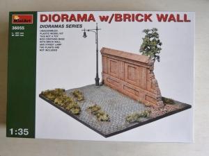 MINIART 1/35 36055 DIORAMA WITH BRICK WALL