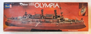 REVELL  H-443 USS OLYMPIA