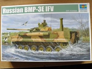 TRUMPETER 1/35 01530 RUSSIAN BMP-3E IFV
