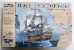 REVELL  05758 HMS VICTORY SET 1/225
