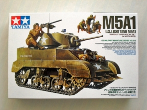 TAMIYA 1/35 35313 M5A1 LIGHT TANK WITH FIGURES