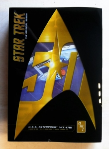 AMT  947 STAR TREK ORIGINAL SERIES USS ENTERPRISE