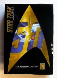 AMT  947 STAR TREK ORIGINAL SERIES USS ENTERPRISE