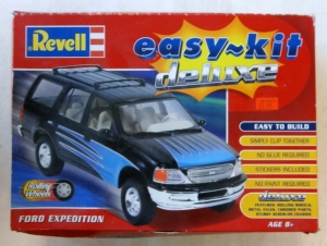 REVELL 1/25 90104 FORD EXPEDITION