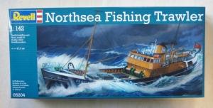 REVELL  05204 1/142 NORTH SEA FISHING TRAWLER