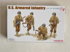 DRAGON 1/35 6366 US ARMOURED INFANTRY