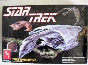 AMT/ERTL  6858 STAR TREK 3 PIECE ADVERSARY SET