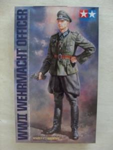 TAMIYA 1/16 36315 WWII WEHRMACHT OFFICER