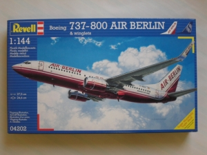 REVELL 1/144 04202 BOEING 737-800 AIR BERLIN