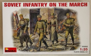 MINIART 1/35 35002 SOVIET INFANTRY ON THE MARCH