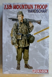 DRAGON 1/16 1614 13th MOUNTAIN TROOP HANDSCHAR