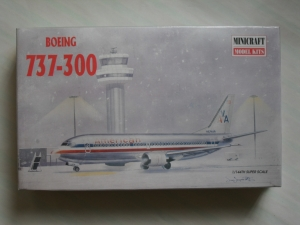 MINICRAFT 1/144 14446 BOEING 737-300 AMERICAN AIRLINES