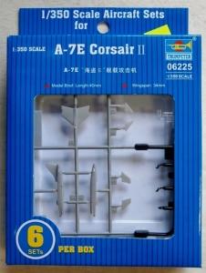 TRUMPETER 1/350 06225 A-7E CORSAIR II
