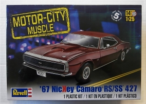 REVELL 1/25 4377 67 NICKEY CAMARO RS/SS 427