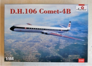 A MODEL 1/144 1448 D.H. 106 COMET 4B