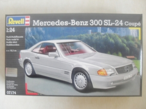 REVELL 1/24 07174 MERCEDES BENZ 300 SL-24 COUPE