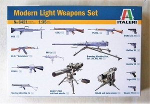 ITALERI 1/35 6421 MODERN LIGHT WEAPONS SET