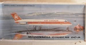 MAQUETTE 1/100 DC-9 AIR CANADA