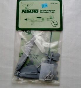 PEGASUS 1/72 1001 SUPERMARINE SPITEFUL F.14