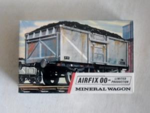 AIRFIX  R3 MINERAL WAGON