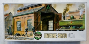 AIRFIX OO 02608 ENGINE SHED