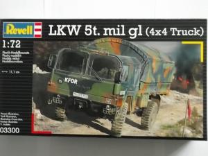REVELL 1/72 03300 LKW 5t. mil gl  4x4 TRUCK