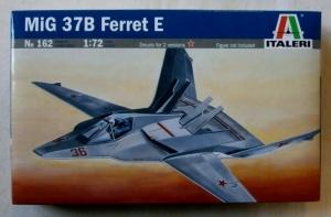 ITALERI 1/72 162 MiG 37B FERRET E
