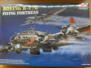1/72 2143 B-17G FLYING FORTRESS