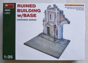 MINIART 1/35 36049 RUINED BUILDING w/BASE