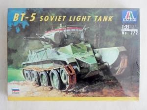 ITALERI 1/35 272 BT-5 SOVIET LIGHT TANK