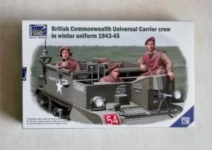 RIICH 1/35 35028 BRITISH COMMONWEALTH UNIVERSAL CARRIER CREW WINTER UNIFORM 1943-45