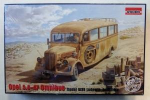 RODEN 1/35 808 OPEL 3.6-47 OMNIBUS MODEL W39 LUDEWIG BUILT  LATE