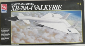 AMT 1/72 8907 NORTH AMERICAN XB-70A-1 VALKYRIE  UK SALE ONLY