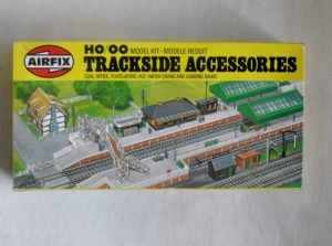 AIRFIX AIRFIX HO/OO TRACKSIDE  03606 TRACKSIDE ACCESSORIES