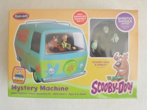 POLAR LIGHTS OTHER SCALE SCOOBY-DOO MYSTERY MACHINE - GHASTLY GHOULS EDITION