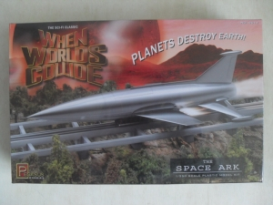 PEGASUS HOBBIES 1/350 9011 WHEN WORLDS COLLIDE SPACE ARK