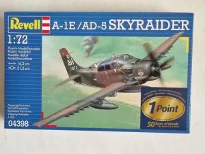 REVELL 1/72 04398 A-1E/AD-5 SKYRAIDER