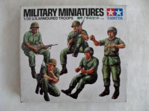 TAMIYA 1/35 35117 U.S. ARMOURED TROOPS