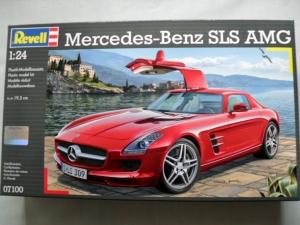 REVELL 1/24 07100 MERCEDES-BENZ SLS AMC