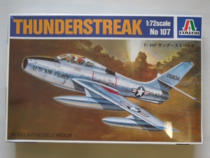 ITALERI 1/72 107 F-84F THUNDERSTREAK