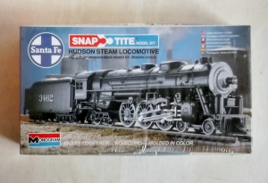MONOGRAM HO 1107 SANTA FE HUDSON STEAM LOCOMOTIVE