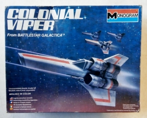 MONOGRAM  6027 BATTLESTAR GALACTICA COLONIAL VIPER