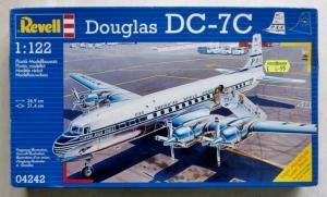 REVELL  04242 DOUGLAS DC-7C PAA 1/122