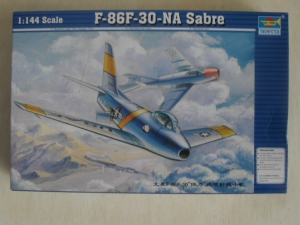 TRUMPETER 1/144 01320 F-86F-30 NA SABRE